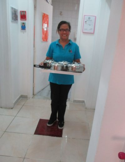 Food Collection from Kitchen to Classroom
