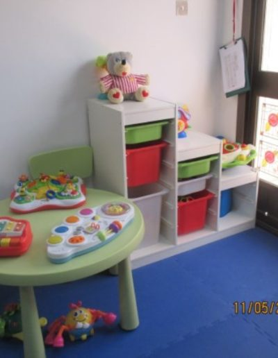 Safe tables, storage for learning through play toys